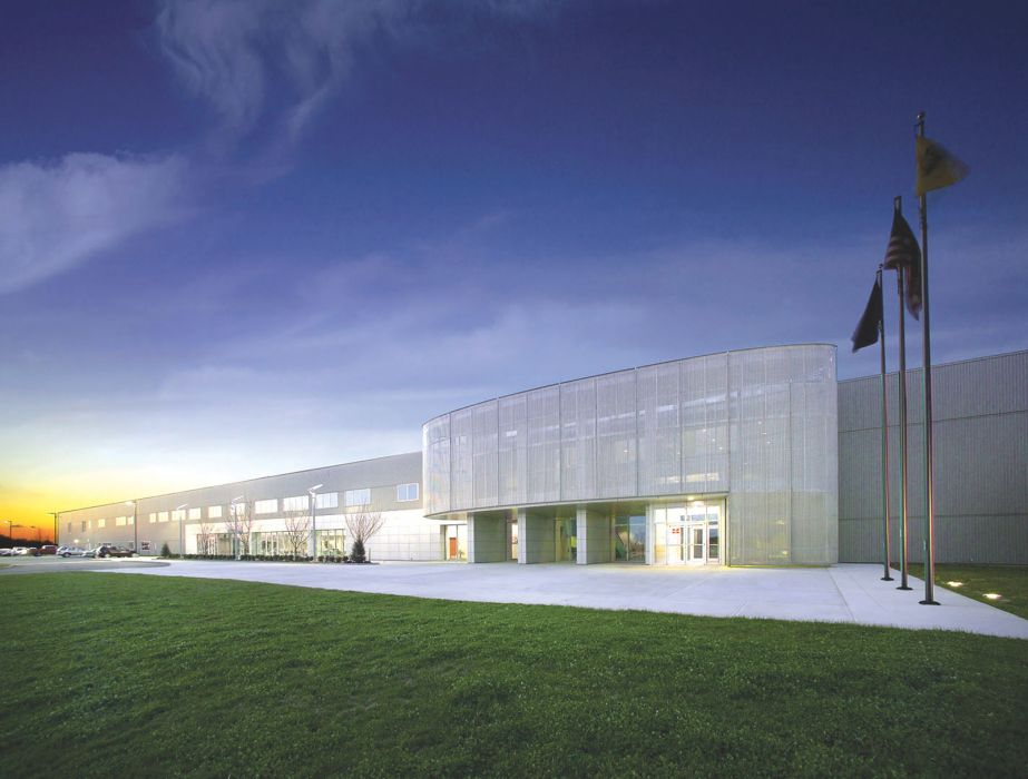 New parts distribution center kss architects for Mercedes benz center